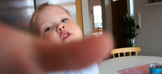 Att fotografera en snart-tvååring